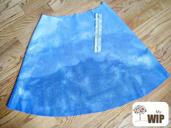Create a simple ombre dip dye effect with fabric dye. The Sewing Loft