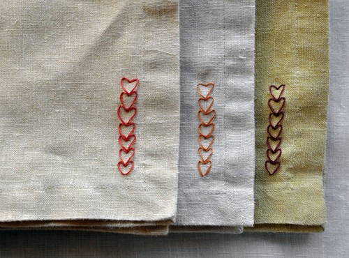 DIY chain of heart napkins pattern