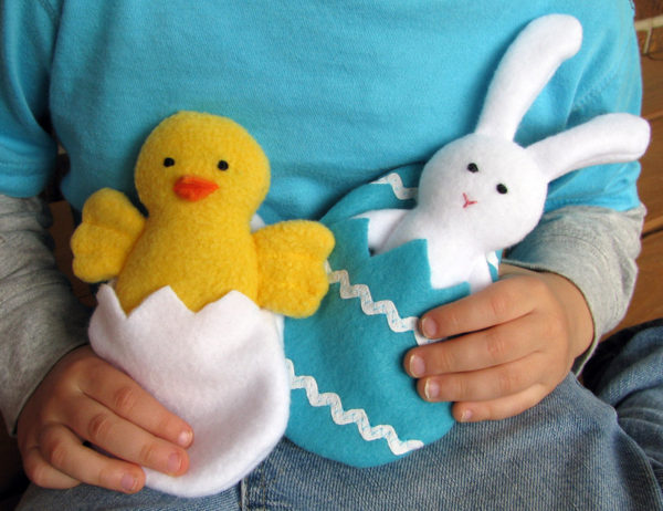 18 easy spring sewing projects the sewing loft 4 spring chick and bunny negle Choice Image